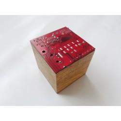 Précieuse 15057 - boite - circuit imprimé rouge