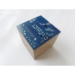 Furtive 15041 - boite - circuit imprimé bleu