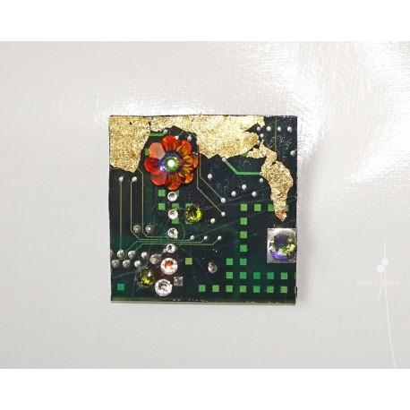 Insolente18107 - bijou fantaisie aimanté - circuit imprimé vert