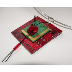 Précieuse 14046 - bijou fantaisie broche - circuit imprimé rouge
