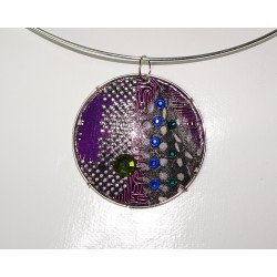 Mystique 18134 - pendentif bijou fantaisie - circuit imprimé violet