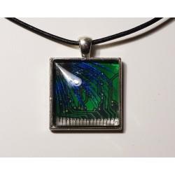 Insolente 18172 - pendentif bijou fantaisie - circuit imprimé vert