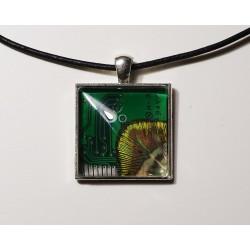 Insolente 18173 - pendentif bijou fantaisie - circuit imprimé vert
